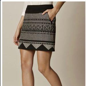 NWT Karen Millen Aztec Mini, Size 8